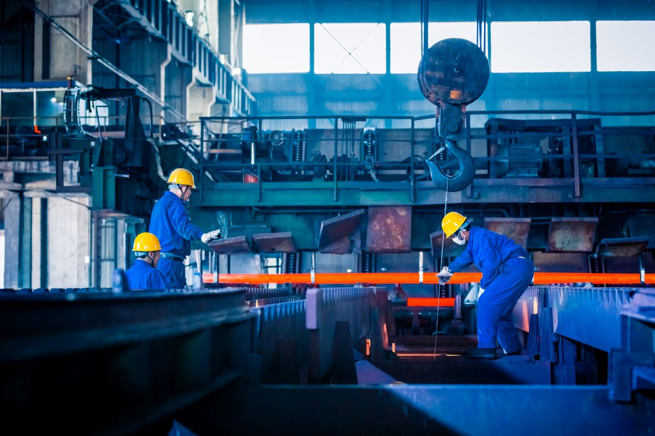 How Industrial Internet of Things (IIoT) is Changing Manufacturing Industry
